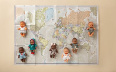 Diversidad e inclusión, los valores de jugar con muñecos Miniland